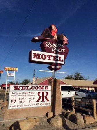 Robbers Roost Motel: quiet night's sleep