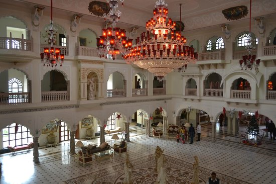 The Shiv Vilas : Beautiful chandeliers