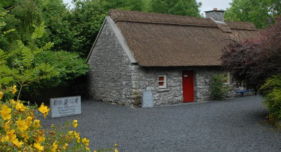 Carran, Ireland: Cottage