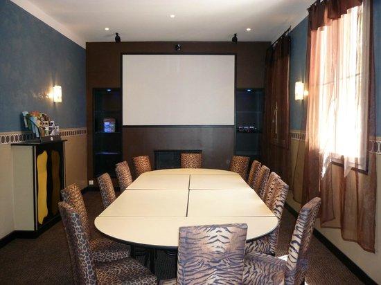 Adonis Sanary Hôtel des Bains : Conference Room