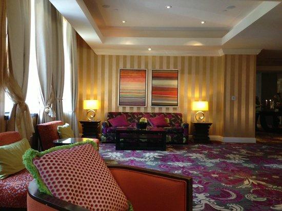 Kimpton Hotel Monaco Baltimore Inner Harbor: Lobby area