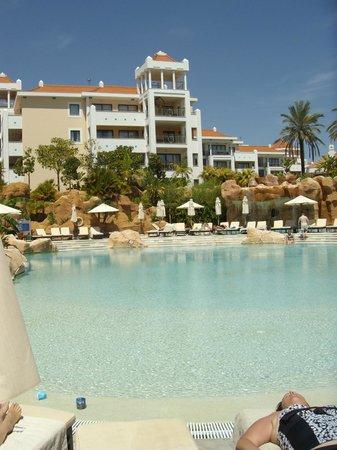 Hilton Vilamoura As Cascatas Golf Resort & Spa : Main pool