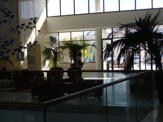 Hilton Vilamoura As Cascatas Golf Resort & Spa: Hotel Lobby