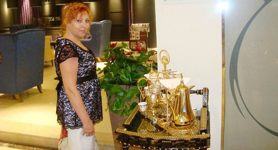 Cassells Al Barsha Hotel Dubai: холл отеля