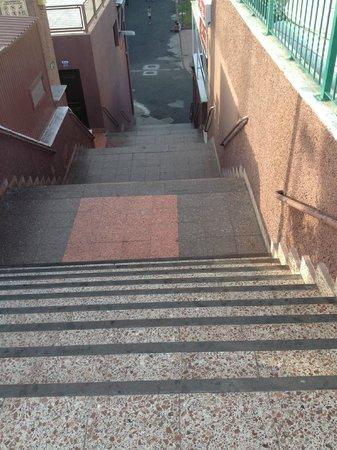 Yumbo Centrum: Крутая лестница из Юмбо