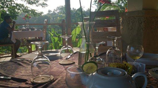 Puri Gangga Resort: Restaurant