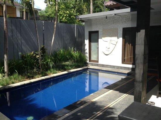 Samaja Beachside Villas: private pool