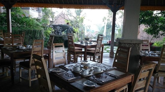 Puri Gangga Resort : Restaurant