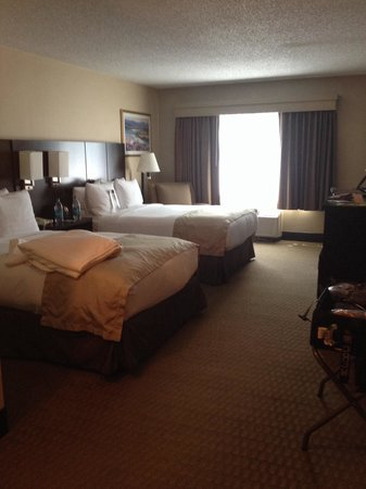 DoubleTree by Hilton Wichita Airport: Great area