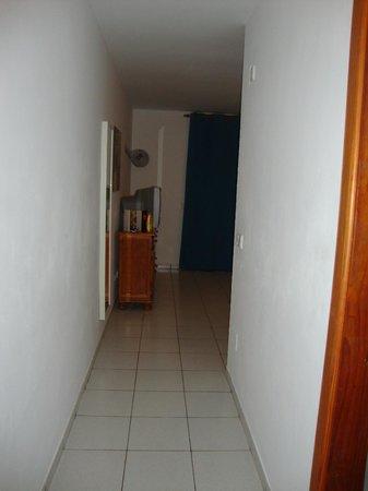 La Penita Apartments: Hallway leading from bathroom to living room