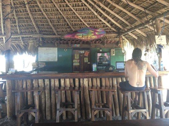 Rancho Tranquilo: Freddy at the beachside bar
