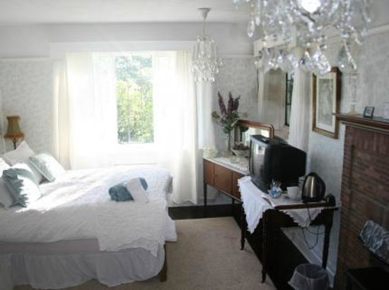 Stillwaters Guesthouse