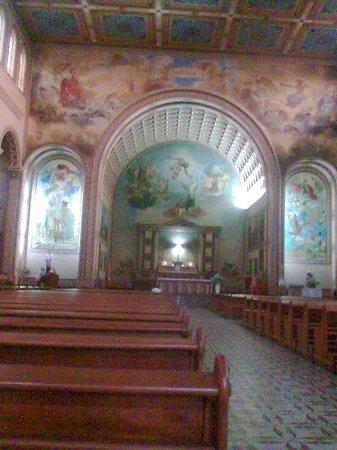 Catedral Basilica Sao Luis Gonzaga: interior da catedral