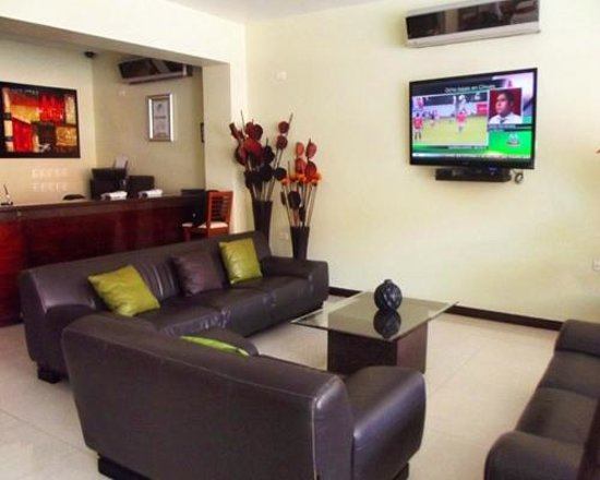 Hotel La Finca Suites: Lobby