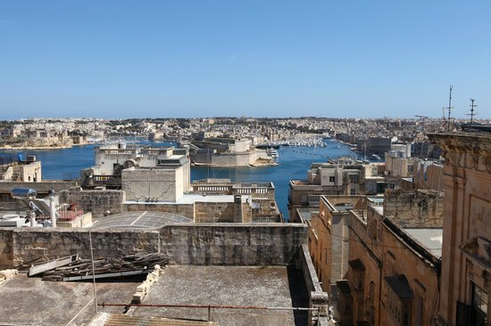 Luciano Valletta Boutique Accommodation : View from rooftop Terrace