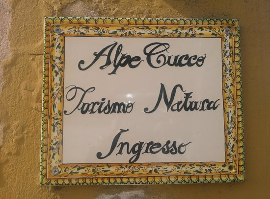Alpe Cucco Turismo Rurale: ingresso