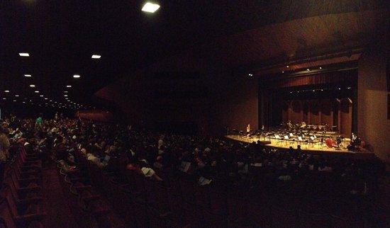 Teatro Guaira : Teatro Guaíra durante apresentação da Orquestra Sinfônica do PR