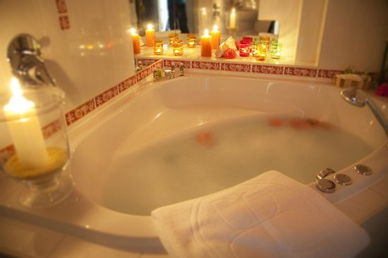 Ringhotel Bomers Mosellandhotel: Whirlpool