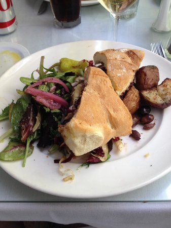 Della Santina's Trattoria: Leg of lamb sandwich