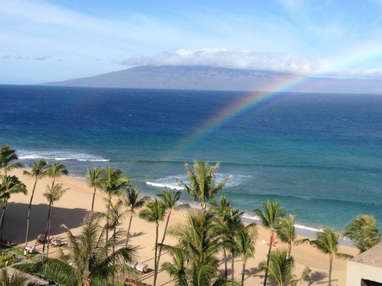 Kaanapali Alii: Somewhere Over the Rainbow. Taken from room 1114.