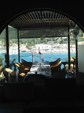 Hotel Villa Italia: Appetite enducing view..