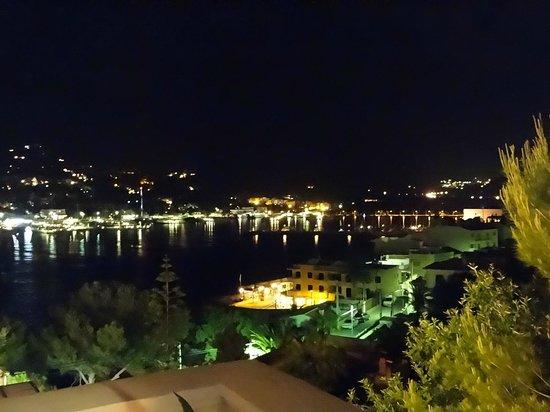 Hotel Villa Italia: Night