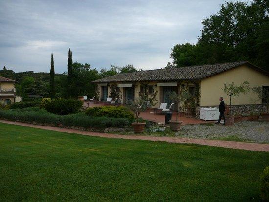 Borgo San Luigi: Ein 'Neben'gebäude mit Zimmern