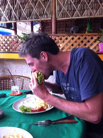 Catalina Cookery: The boss chowing down on some tasty nosh