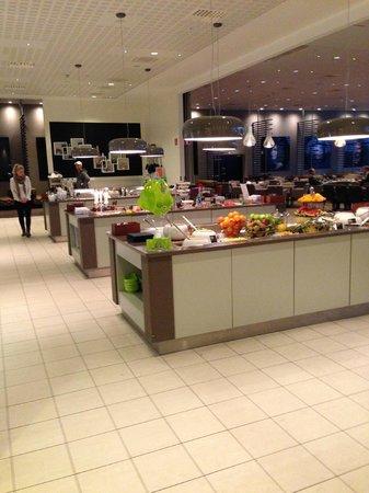 Clarion Hotel Arlanda Airport: sala colazioni