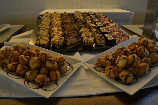 Morgado Golf & Country Club: Buffet
