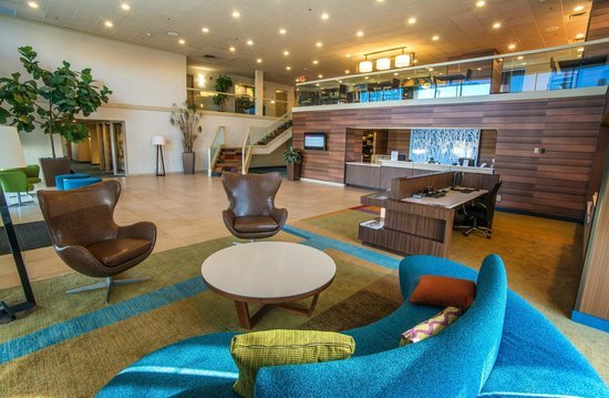 Fairfield Inn & Suites Cincinnati North / Sharonville: Lobby