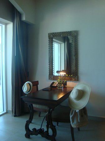 Grand Residences Riviera Cancun : Bedroom suite 128