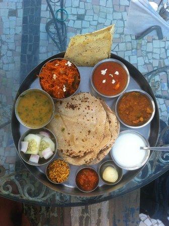 JHANKAR..Choti Haveli Restaurant: Thali