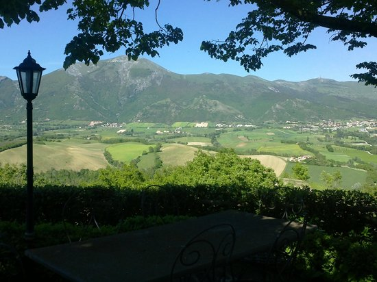 Agriturismo Villa Dama: panorama vallata