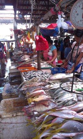 Coron Reef Pension House: Рыбный рынок неподалеку