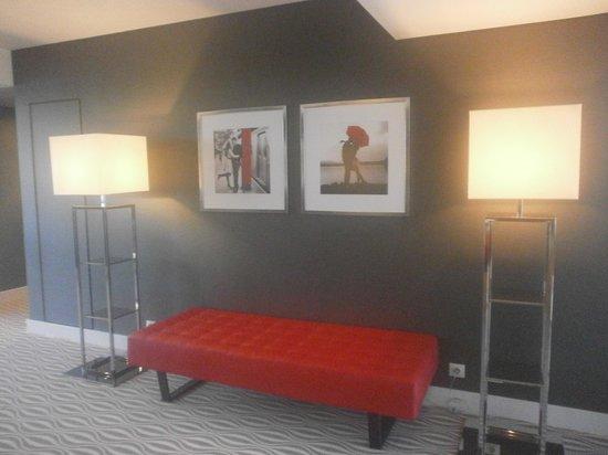 """Lutecia Smart Design Hotel: Piso 9 motivo """"kiss me"""""""
