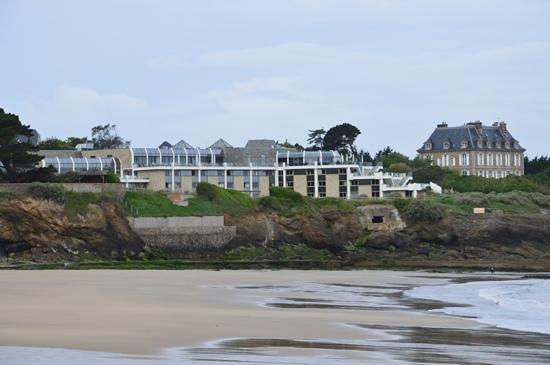 Novotel Thalassa Dinard: vue de la plage