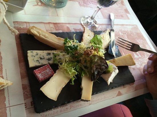Le Paul bert: Cheese plate - 4 forks required