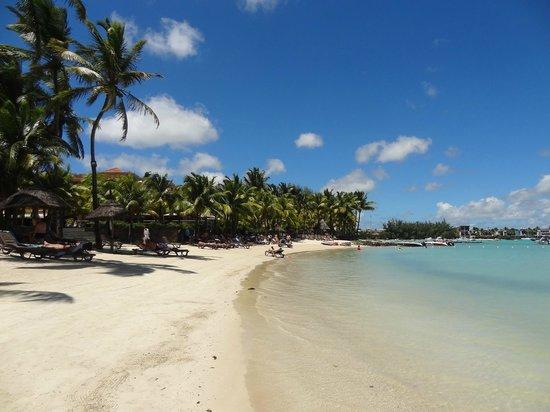 Mauricia Beachcomber Resort & Spa: La Plage