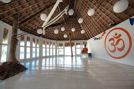 Shambala Petit Hotel: Yoga Studio