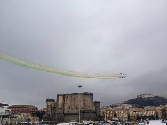 Piazza Trieste e Trento : Napoli BELLA  !!!!
