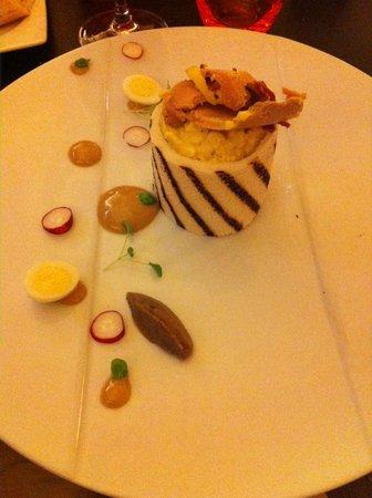 Le 6e Sens : Oeufs brouillés truffe noire et copeaux de foie gras