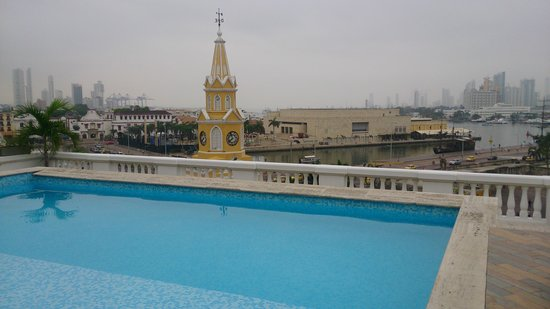 NH Cartagena Urban Royal: Buena vista de la piscina 1
