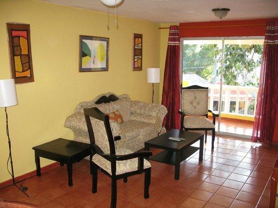 Sosua Suites Condos: Living Room