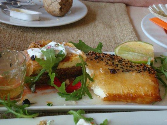 Pyramid Restaurant Cafe: Starter.  Yum