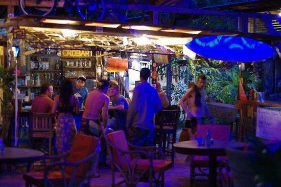 Gigante Bay: Bar/Hangout area
