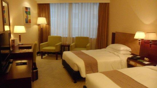 Emperor Hotel: Twin non smoking room