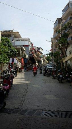 Kusadasi Market: Market area
