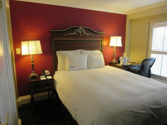 Bourbon Orleans Hotel: Nice room