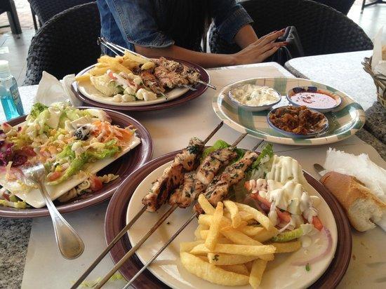 Ibis Agadir : Meal at the beach